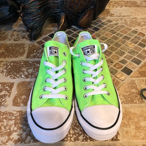 1872fd47363afd Converse Shoes - Converse NWOT Chuck Taylor All Star Low